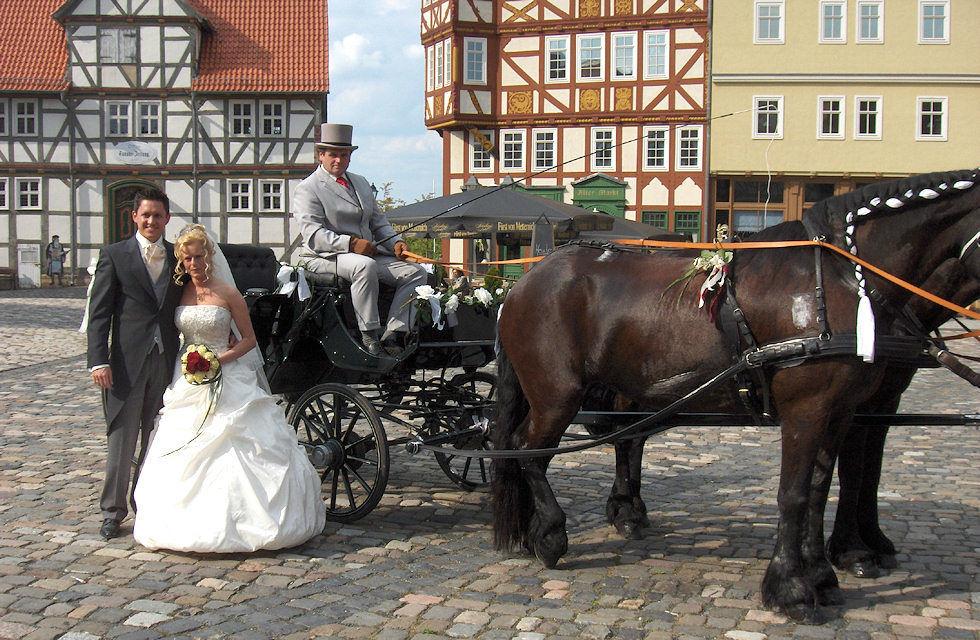 Beispiel: Hochzeitskutschen mit wunderschönen Pferden, Foto: Kutschfahrten Frankfurt am Main.