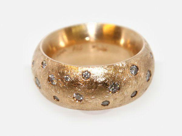 Beispiel: Wunderschöne Ringe, Foto: Meyer Schmuck Design.
