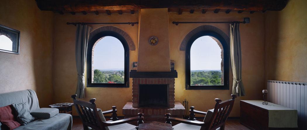 Appartamento Salvia con vista sulla giardino, piscina e sulla Val di Chiana