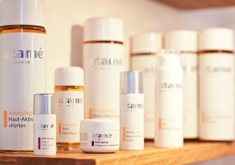 Beispiel: Ausgewählte Produkte, Foto: Jasmin Haberl cosmetics.