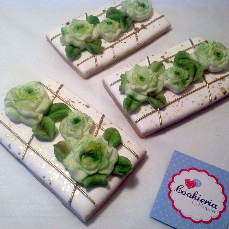 Biscoitos Retangulares com Flores de Açúcar Tamanho médio 10 cm