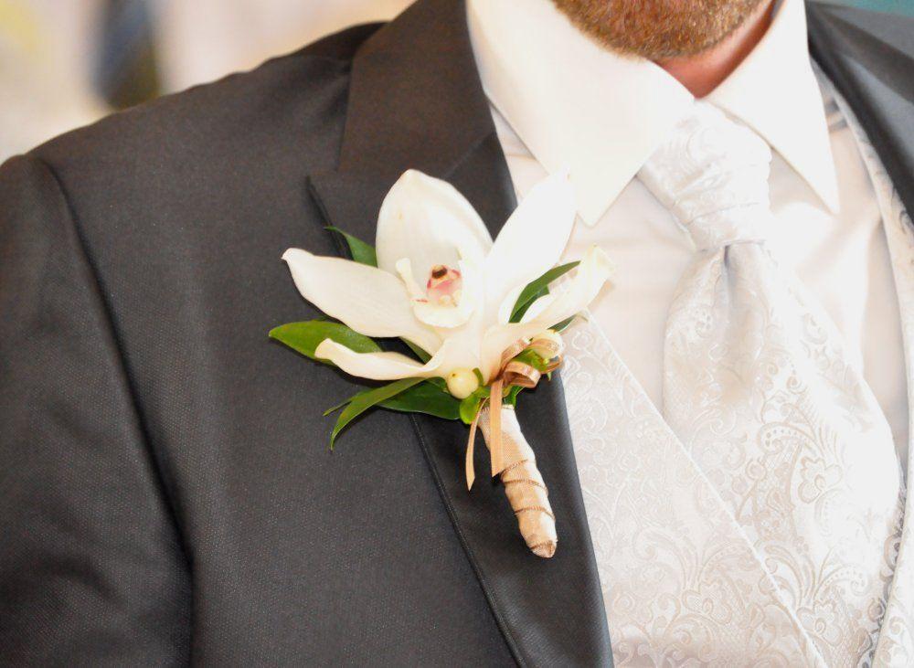 Beispiel: Anstecker für den Bräutigam, Foto: Toifl Blumen.