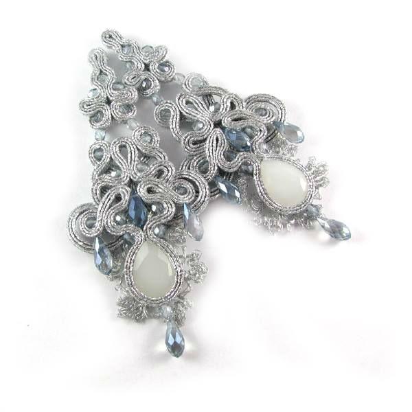 Małgorzata Sowa - PiLLow Design, Biżuteria ślubna sutasz. Kolczyki ślubne w kolorze srebra, szlifowane kryształy, srebro.