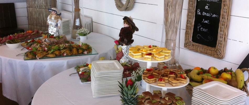 La Maison Sur L'eau - buffet gourmant