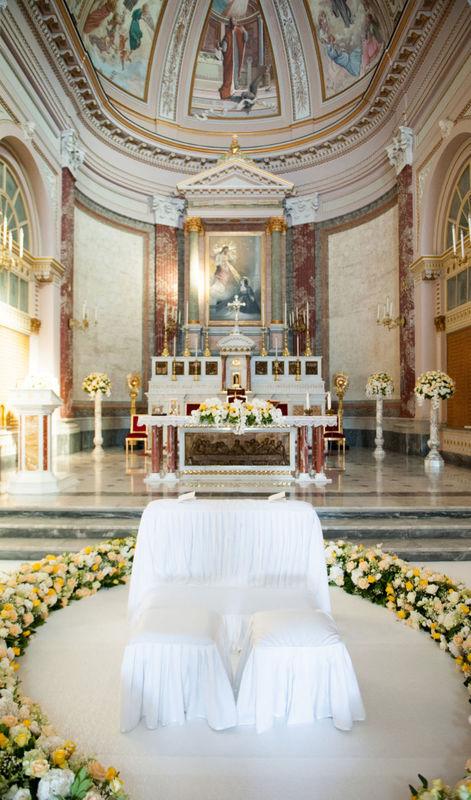 Danila Olivetti - addobbo chiesa