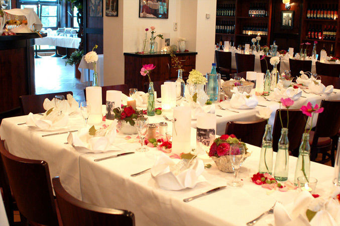 Beispiel: Festliche Tafel, Foto: Luckner Parkrestaurant.