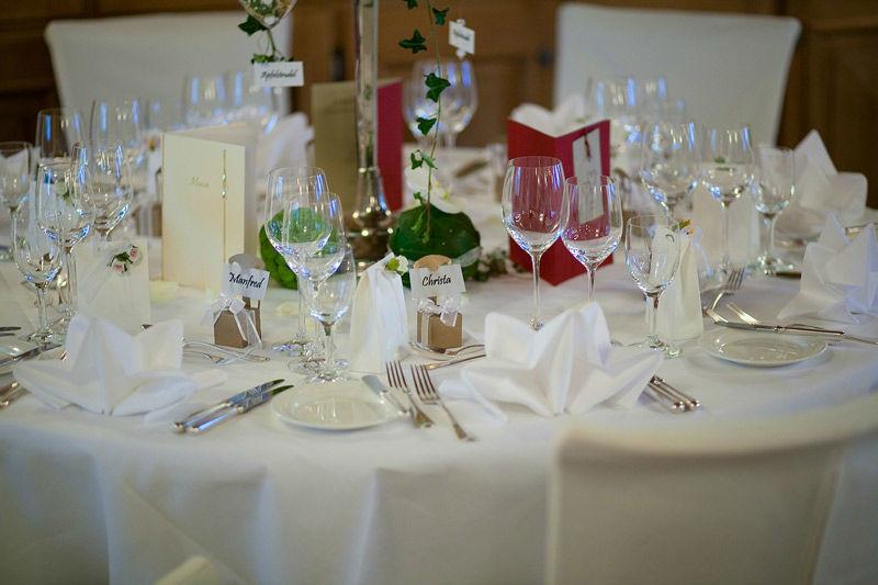 Beispiel: Hochzeitsgedeck, Foto: Cresta Palace.