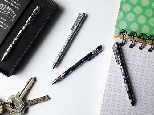 Bolígrafos mini para llevar en el bolso