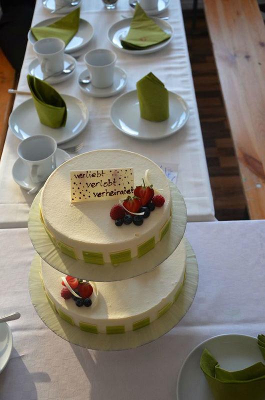 Beispiel: Hochzeitstorte, Foto: Törtchen Törtchen.