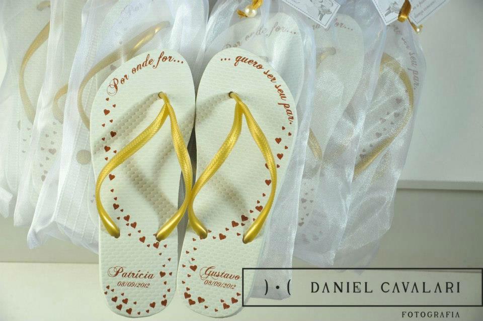 Sandália personalizada. Amor². Foto: Daniel Cavalari