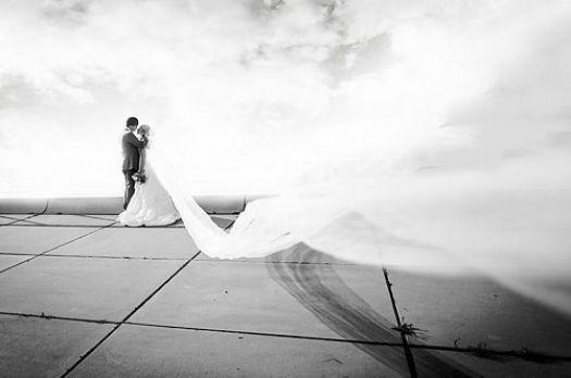 Beispiel: Wunderschöne Hochzeitsfotografie, Foto: Marta Urbanelis Photography.
