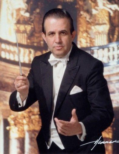 Director Carlos Esteva, Orquesta Clásica de México