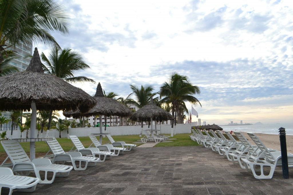 Cerritos Resort.