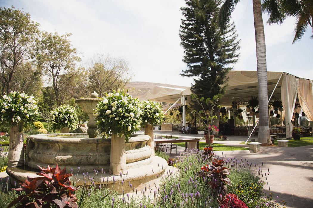 Montaje boda de día - Casa Don Luis - Oaxaca