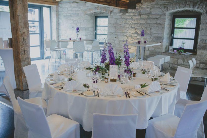 Tischform und -deko ganz nach Ihren Vorstellungen und Wünschen