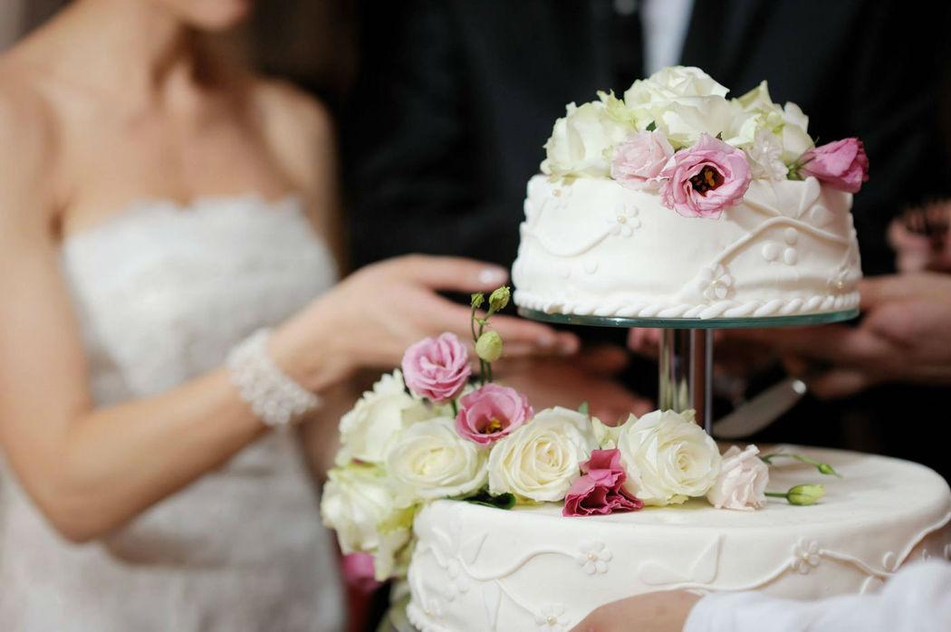 Beispiel: Anschneiden der Hochzeitstorte, Foto: Martinspark Hotel Dornbirn.