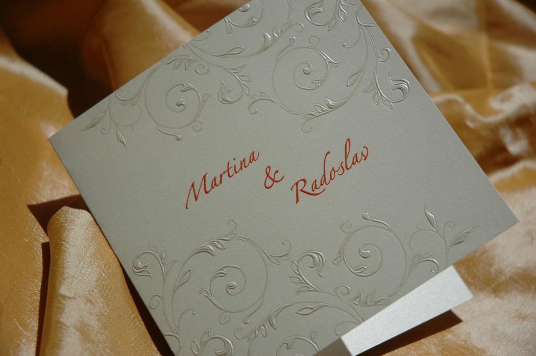 Beispiel: Individuelle Hochzeitskarten, Foto: Der Moment.