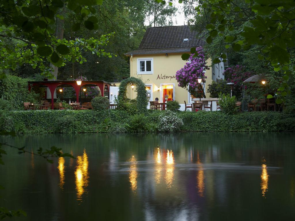 Beispiel: Außenansicht, Foto: Restaurant Alsterpark.