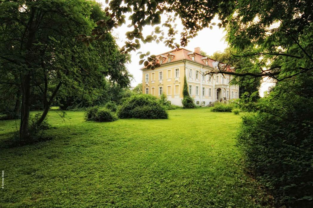 Beispiel: Außenansicht, Foto: Schloss Stülpe.