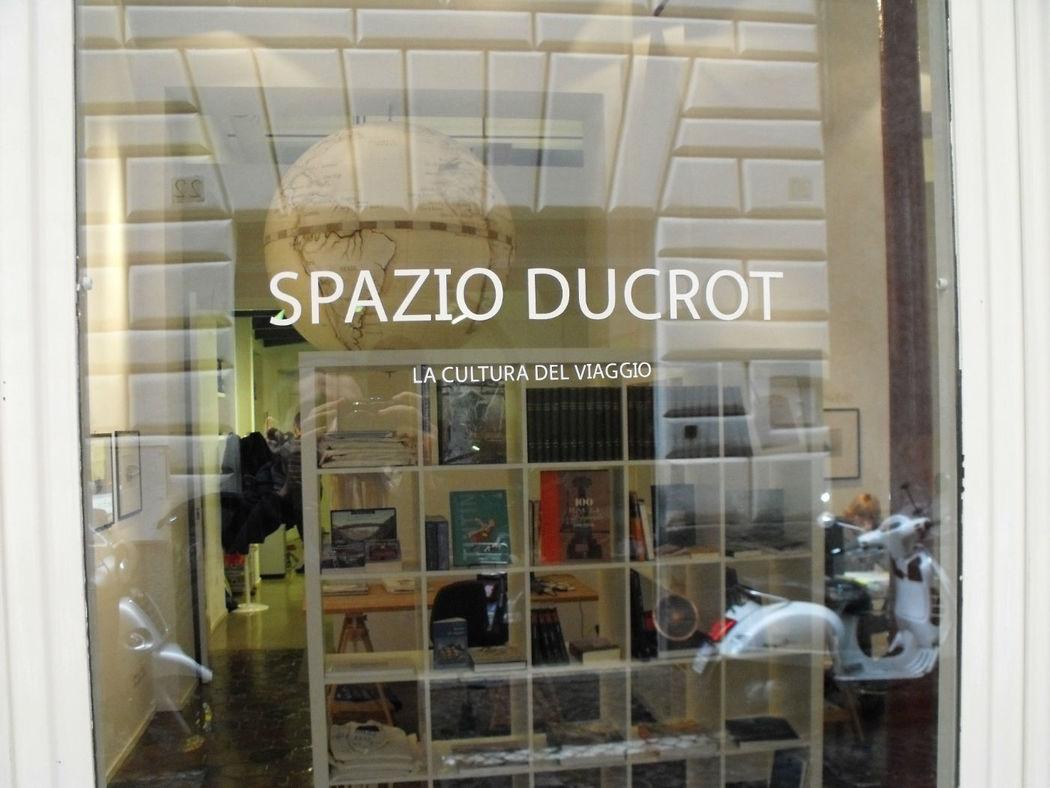 Spazio Ducrot, Via D'Ascanio 8/9, sede operativa di Viaggi dell'Elefante Tour Operator