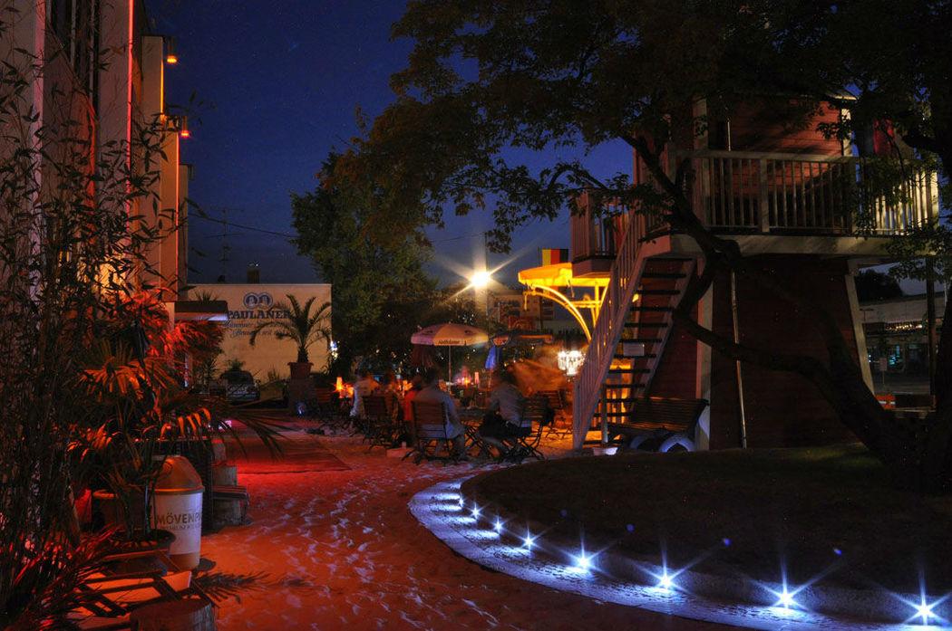 Beispiel: Außenbereich, Foto: Gestrandet Indoor Beachclub Augsburg.