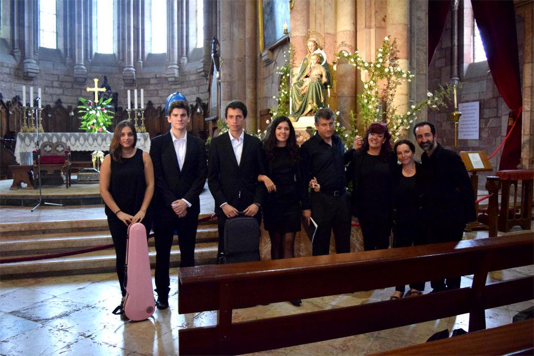 Cuarteto Lírice con Camerata Vocal, música para boda en Covadonga, Asturias.