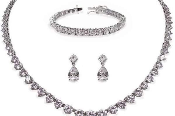 Stylizacje Ślubne biżuteria
