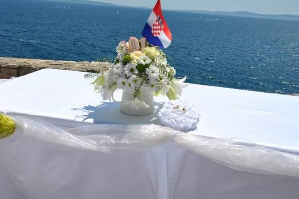 Pinija wedding