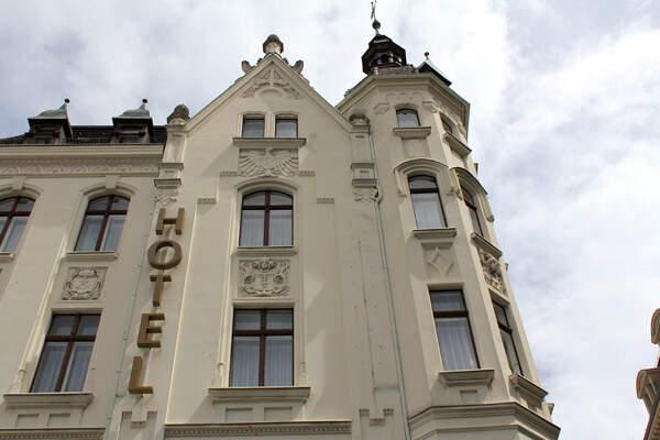 AKZENT Hotel Am Goldenden Strauss