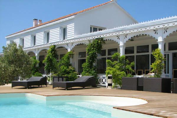 Hôtel La Maison sur l'Eau