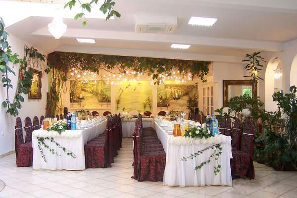 Acwador Hotel&Restauracja