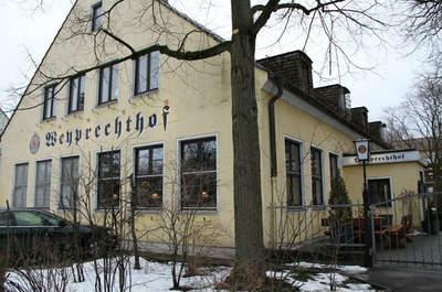 Weyprechthof