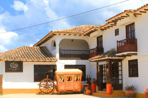 Hospedería Quinta Real