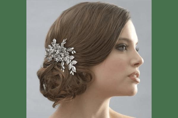 Karina Briones. Estilismo y Maquillaje Profesional