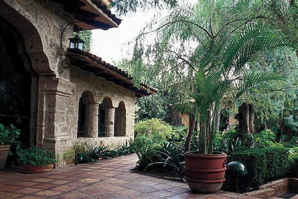 Lugares para bodas en guadalajara for Jardin quinta real cd obregon
