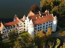 Hotel Podewils - XV-wieczny Zamek Rycerski w Krągu