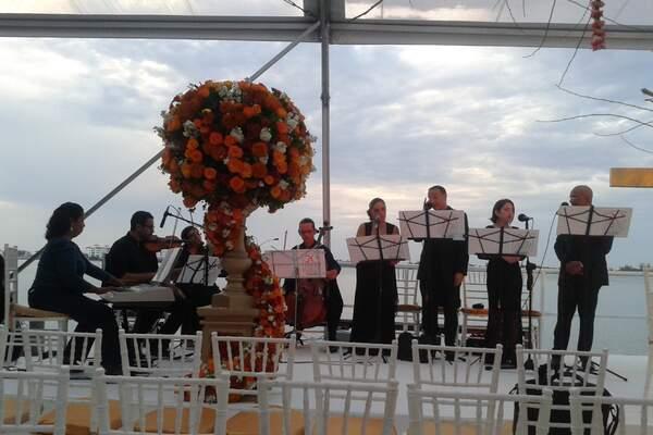 Adagio Cancún Music