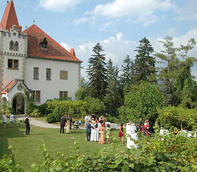 Beispiel: Romantisches Hochzeitschloss, Foto: Plabutscher Schlössel.