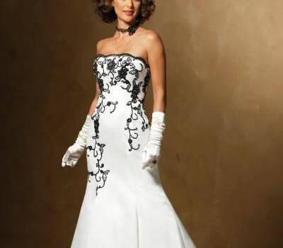 Beispiel: Brautkleider, Foto: Brautmode Online.