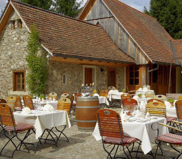 Beispiel: Terrasse, Foto: Gasthaus zum Raben.