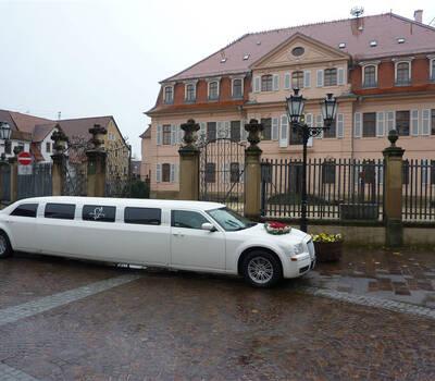 Beispiel: Hochzeitslimousine, Foto: EliteLimos.