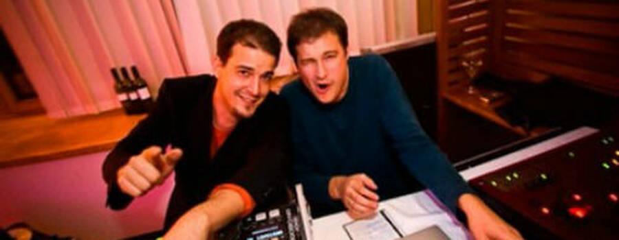 Beispiel: Die Geschwister Madritsch´s am Mischpult, Foto: The DJ.