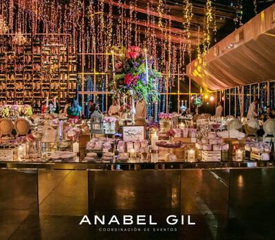 Anabel Gil Coordinación de Eventos