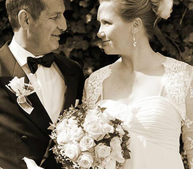 Beispiel: Individuelle Hochzeitsfotos, Foto: Hochzeitsfotografie Neuhofer.