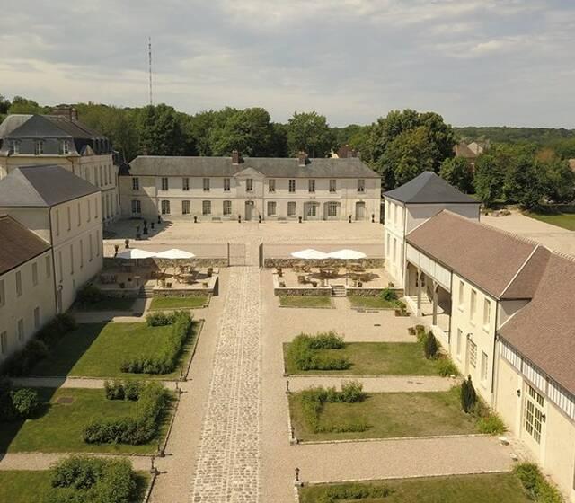 © Château de Maudétour