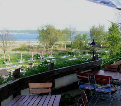 Beispiel: Strandterrasse, Foto: Landgasthof Falkenhorst.