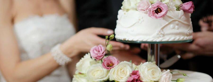 Beispiel: Ihre Hochzeitstorte, Foto: Schneider's Partyservice Bern.
