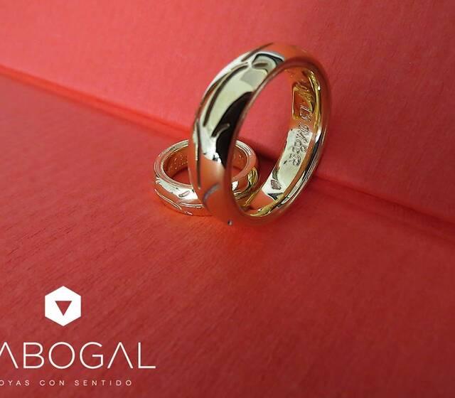 5802feb86b01 Sabogal - Opiniones