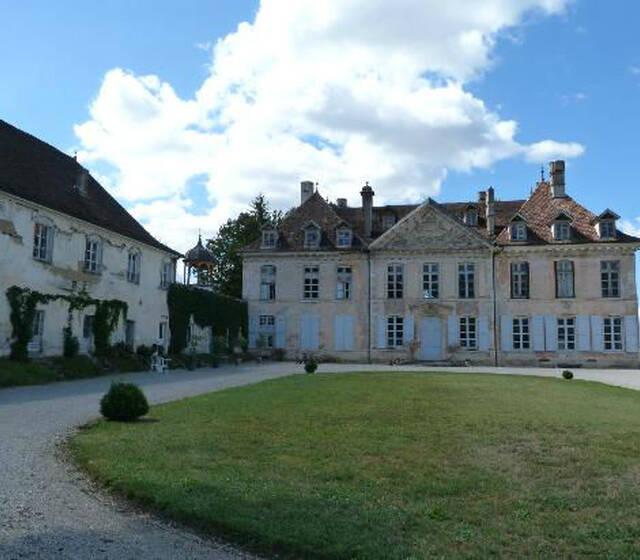 © Château de Vaulserre