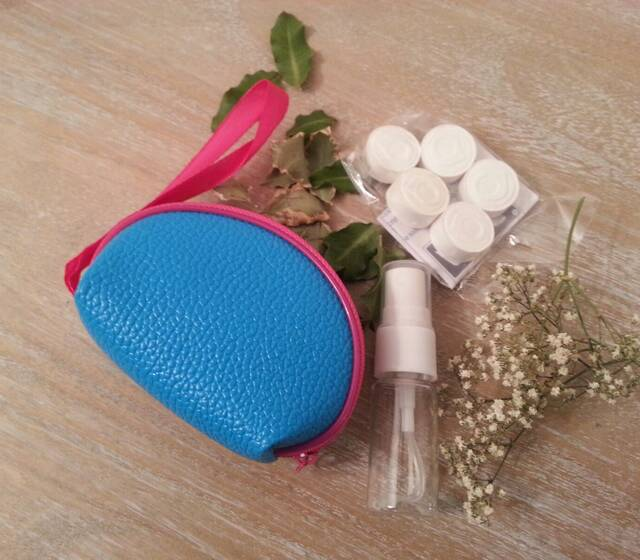 kit bolso con toallitas naps disponible en varios colores